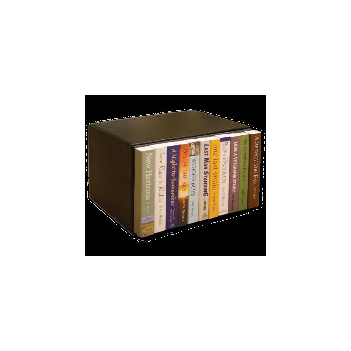 Kluisje met paperback boeken
